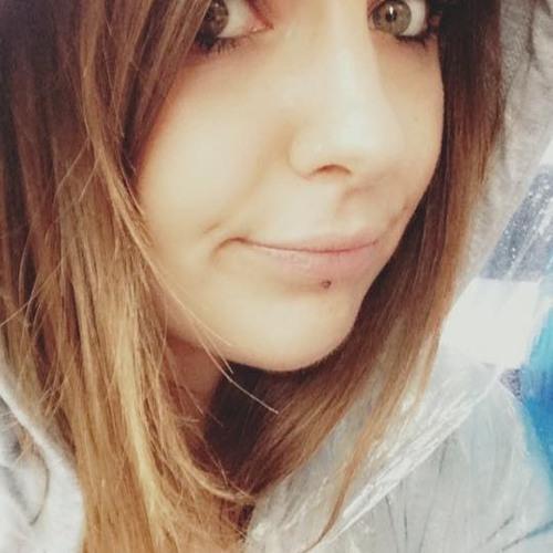 Lucile Vks's avatar