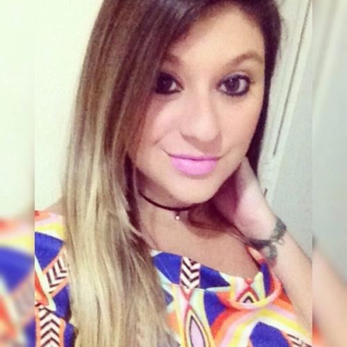 Bruna M. Almeida's avatar