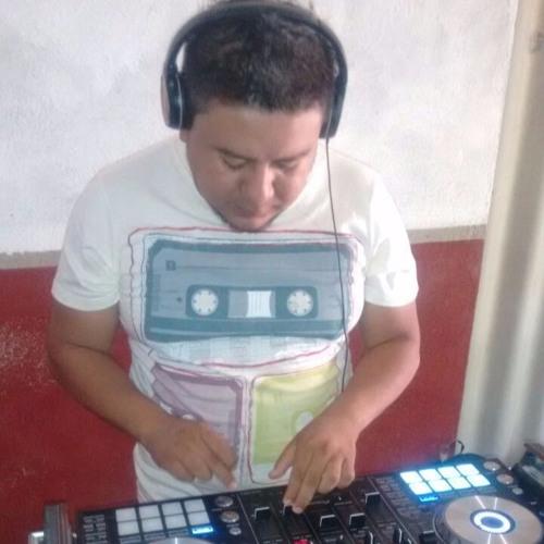 DJ Jhon Jhony Hernandez's avatar
