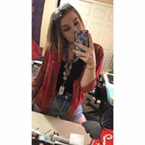 Chloe Smith's avatar