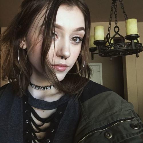 pissdrunkgoth's avatar