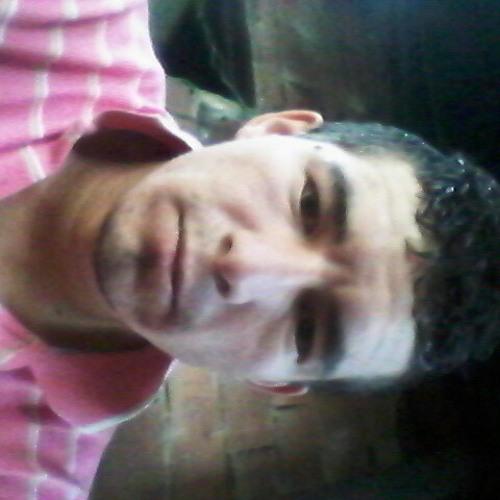 carlos martinez's avatar
