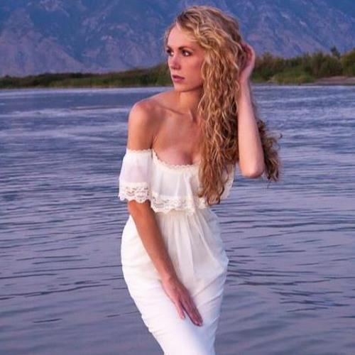 Jacqui Bingham's avatar
