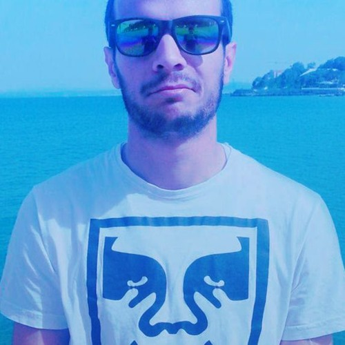 Walid Ross's avatar