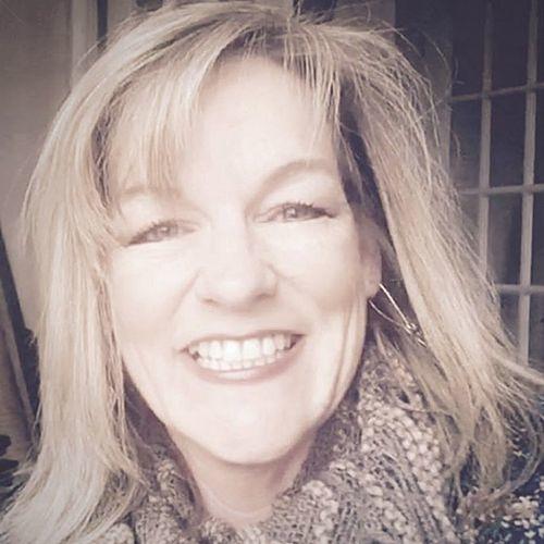 Lisa Hartell's avatar
