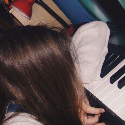 Luna Bella CC's avatar