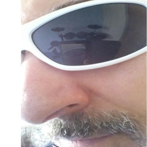 LessTalk's avatar