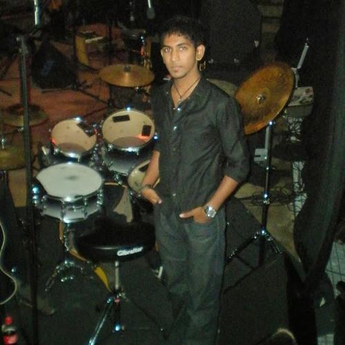 TeenYogn Pyanee's avatar