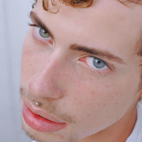 minimalistwhite's avatar