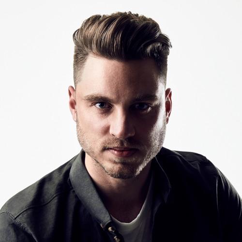 DannyLucas's avatar