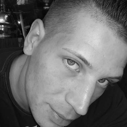 Daniel(I|I)PEITSCH'ER's avatar