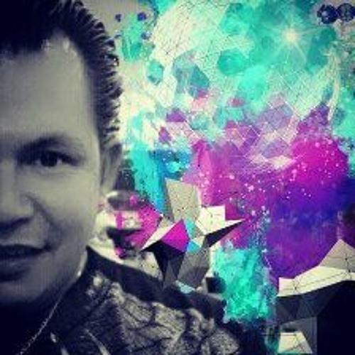 The faCe dj's avatar