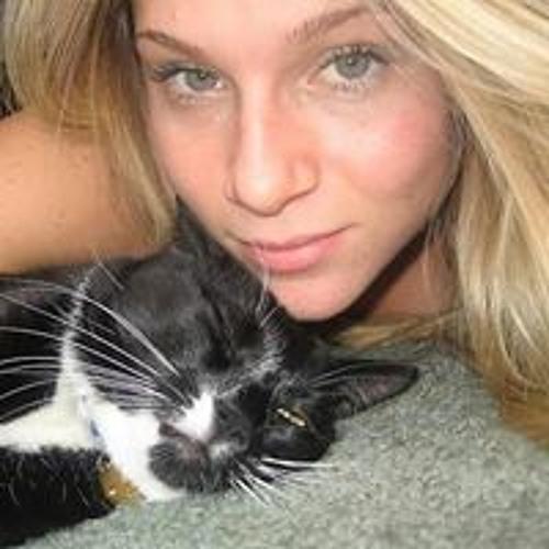 Tiffany Revere's avatar