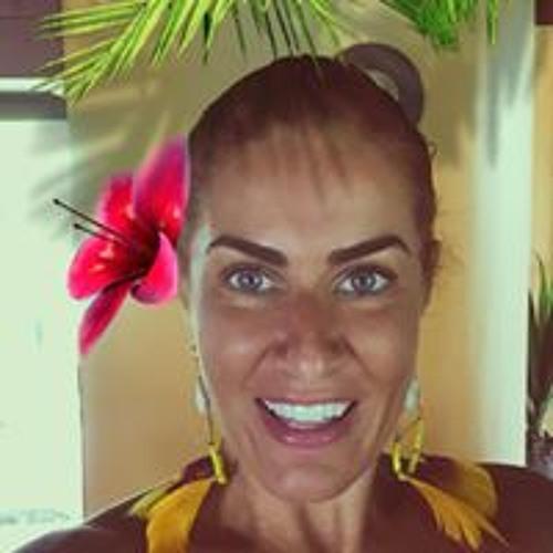 Claudia Mezzari Gorini's avatar