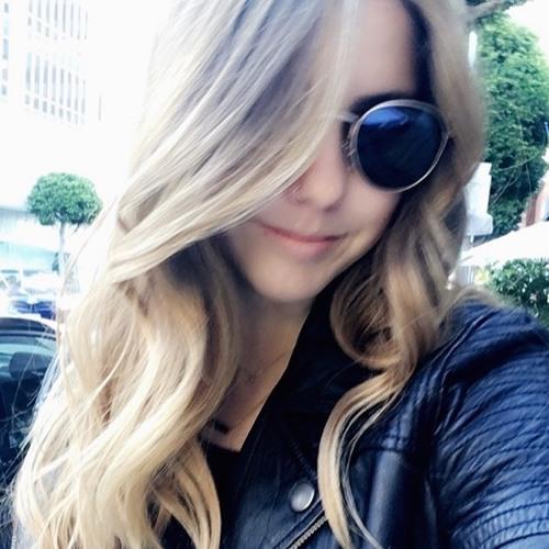 Camille Bernard's avatar