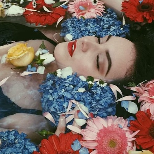 Reina Mora Music's avatar