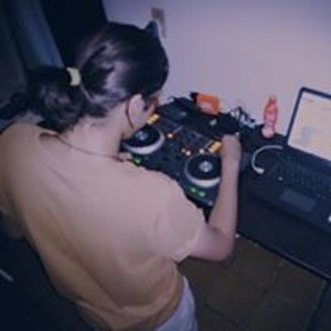 DJ Khazoy