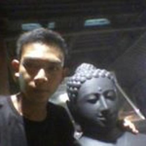 Nando Mardiansyah's avatar