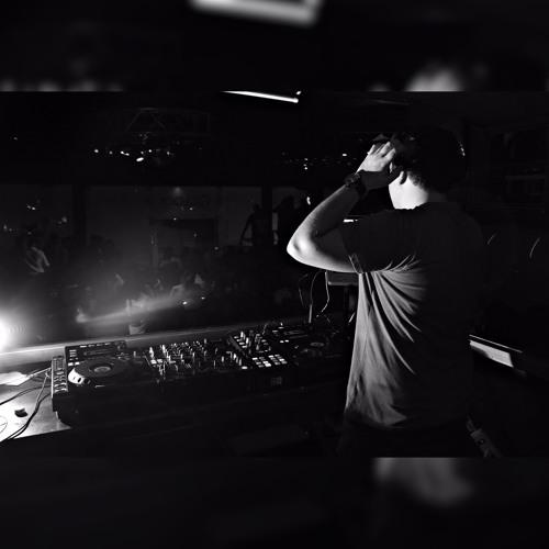 DJ Kevin Montoya's avatar