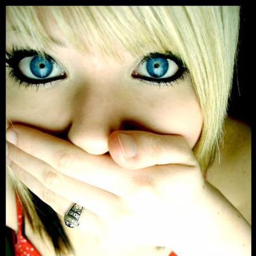 Flavia Cerrone's avatar