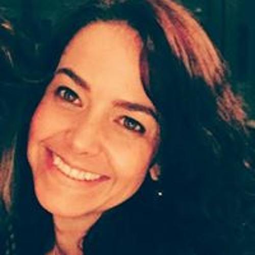Mônica Loureiro's avatar