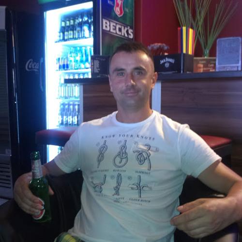 Marek Osiecki's avatar
