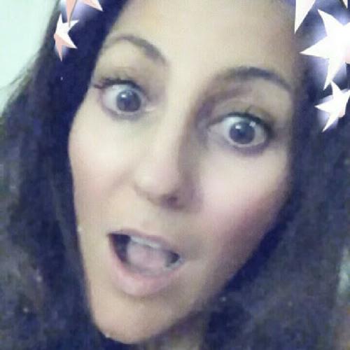 Angie Perez B's avatar