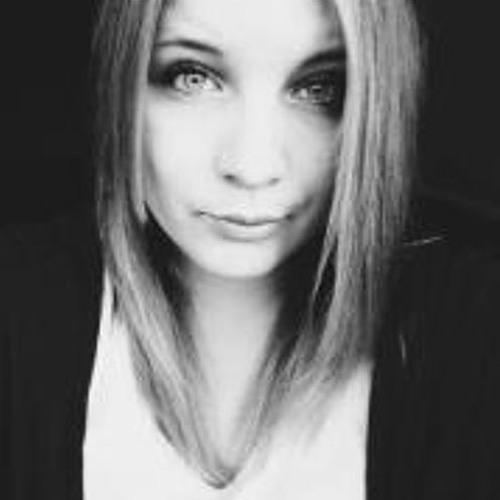Mia Suki's avatar