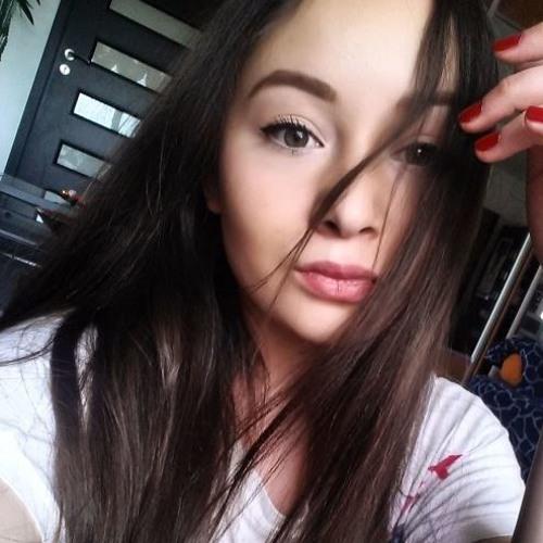 Melodie Savage's avatar