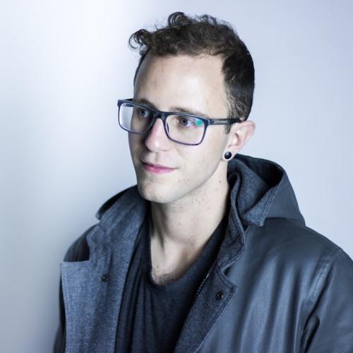 Lucas Paris's avatar