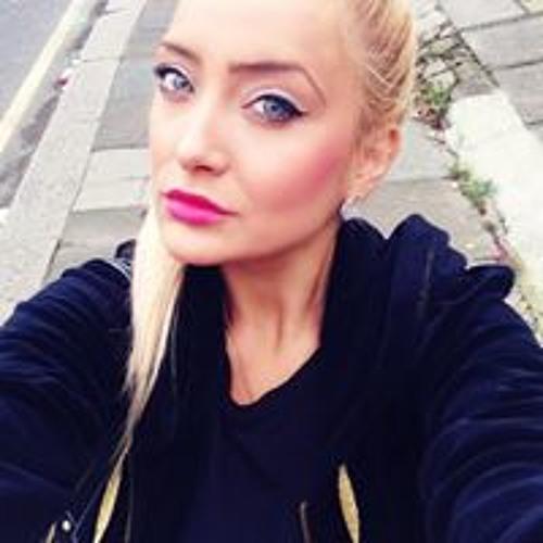 Daiana Sinca's avatar