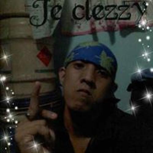 Joseph Catinoy Escaran's avatar
