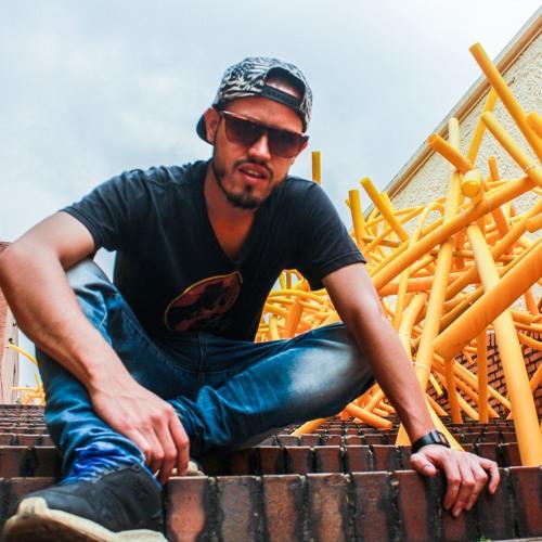 Juan S Bernal's avatar