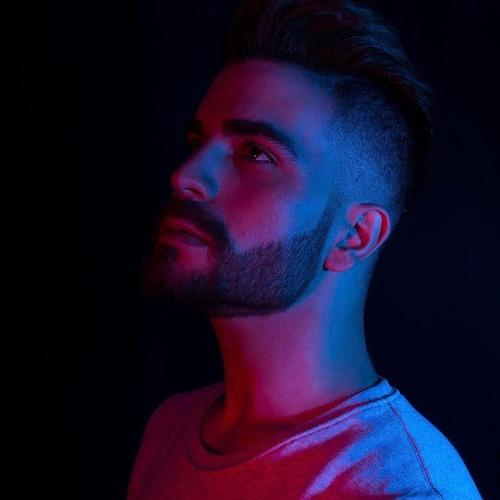 Esteban Ruso's avatar