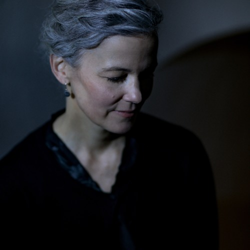 Juli Elliot's avatar