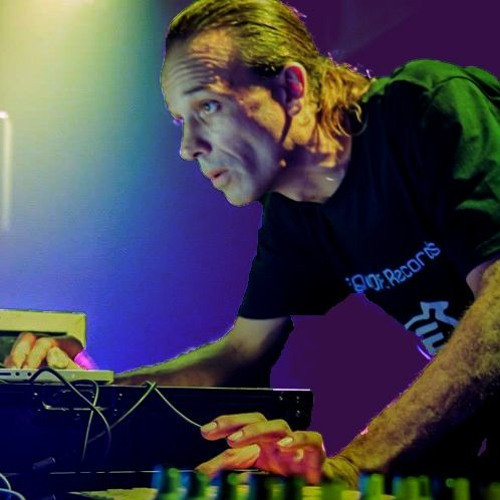 Alexander Levrier aka DJ Alex's avatar