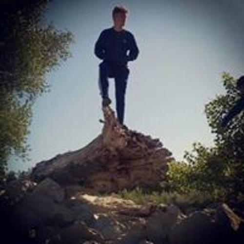 Julian Dnt's avatar