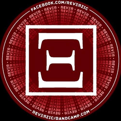 REVΞЯ's avatar