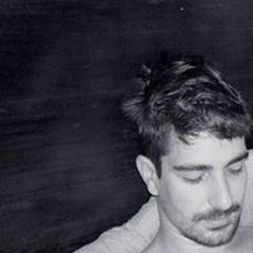 Luis Leoni's avatar