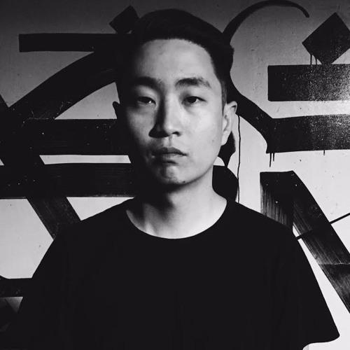ELIOT HAN's avatar