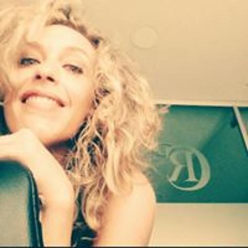 Laura Galan's avatar
