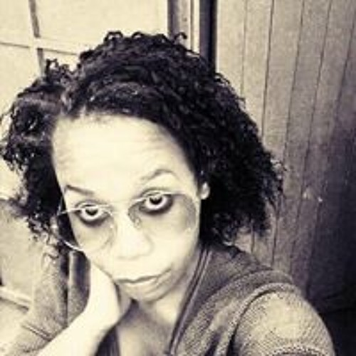 Nduta Huho's avatar