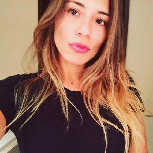Caro Cancino's avatar