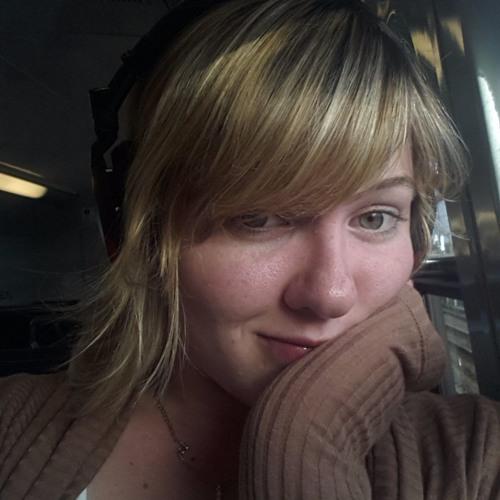 Lizzie D~'s avatar
