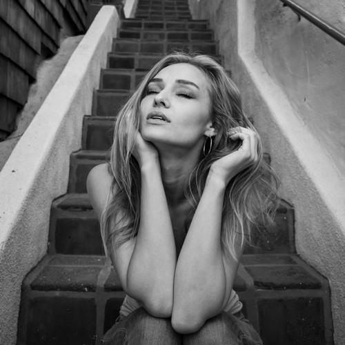 Christina SO-FLY Sofina's avatar