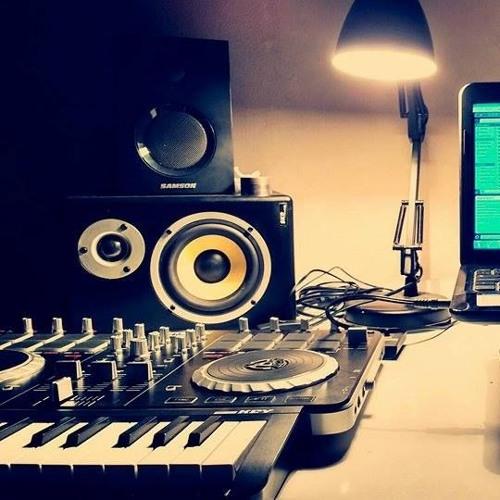 DJ Tisha's avatar