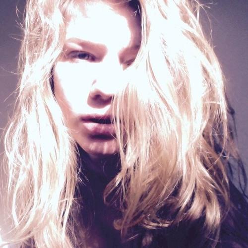 asraia's avatar