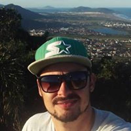 Cesar Augusto Fenker's avatar