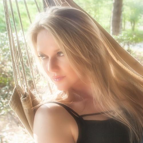 NicoleLewis's avatar