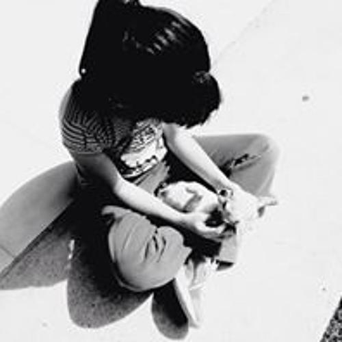 Shadira Nayla Bellene's avatar